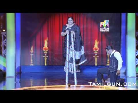 அந்தரத்தில் நின்று பாடும் பாடகி சித்ரா அரங்கையே அச்சுறுத்திய மேஜிக் மனிதர்....