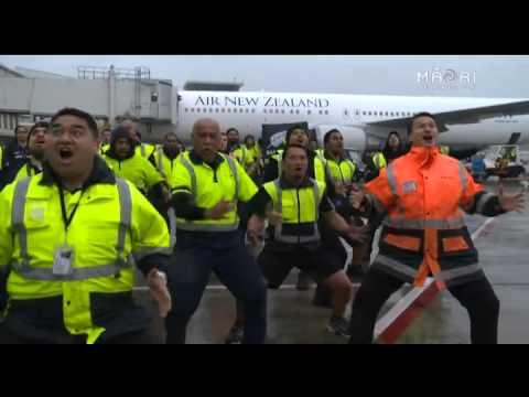Air New Zealand Staff Haka to Welcome Home All Blacks