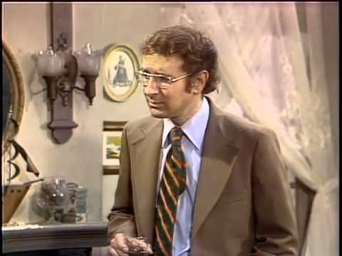 Steve Landesberg on Barney Miller