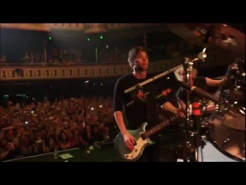 5 Seconds Of Summer - Long Way Home live from The New Broken Scene