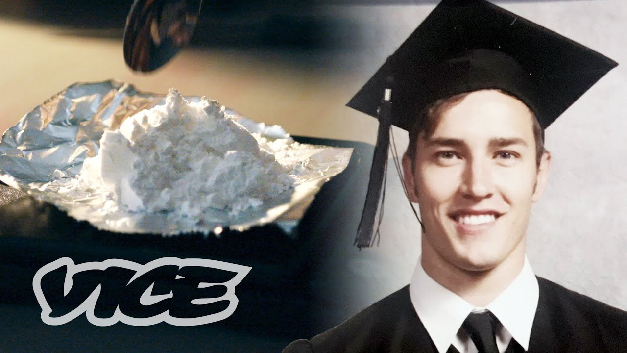 I Smuggled Cocaine Into the US to Pay Off My Student Loans