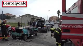LOCRI - Grave incidente stradale incrocio Via Cosmano - SP 111 (by EL)