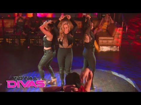 The Total Divas compete in a dance-off: Total Divas, Oct. 24, 2018