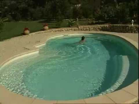 Piscine provence polyester elipsa 1000 youtube for Provence piscine polyester