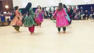 Bet Attan by Afghani girls in Hall with pushto Sazz