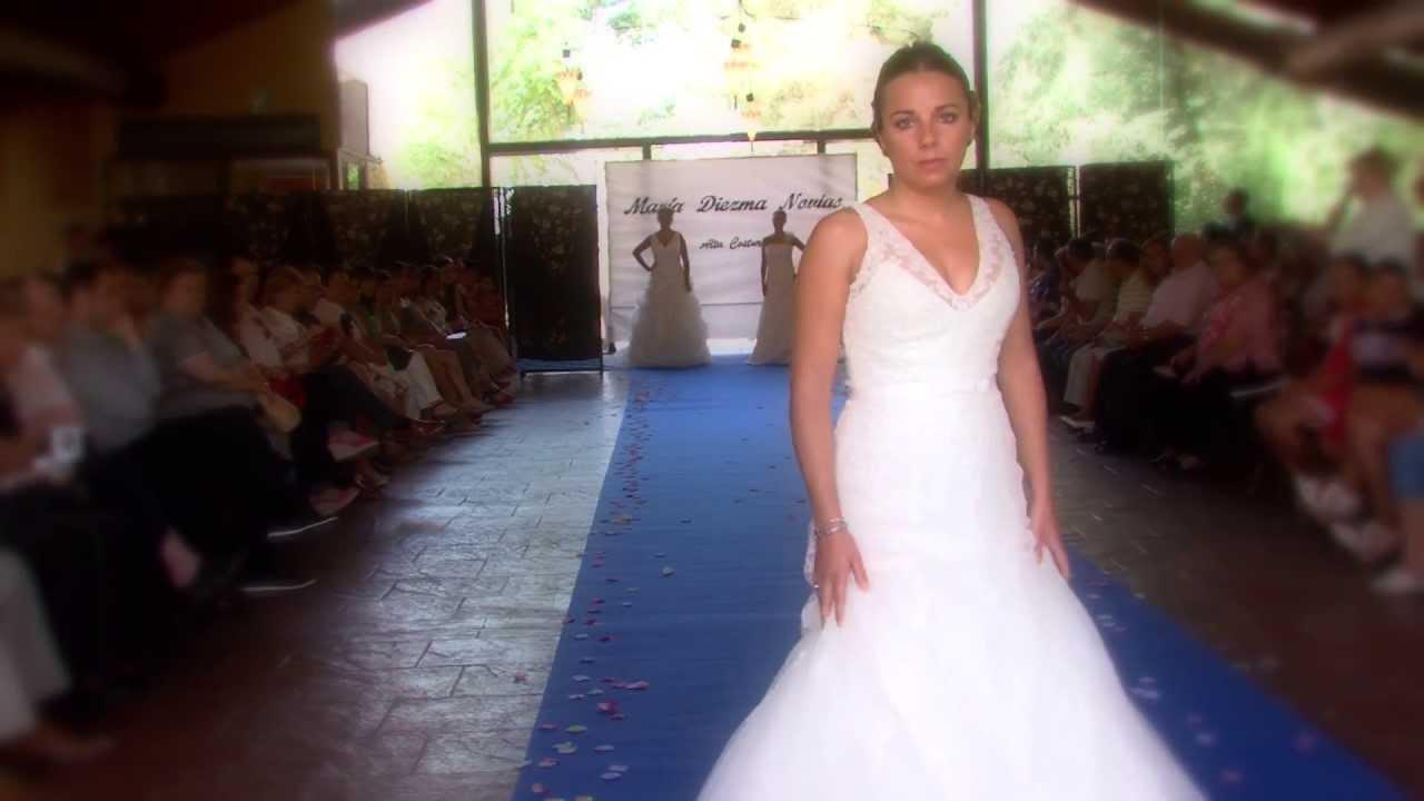 Desfile De Maria Diezma, Trajes de Novias - YouTube
