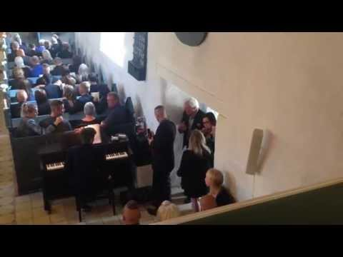 """Little brother singing his version of """"Raise me up"""" at his brothers funeral"""