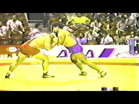 1990 Senior World Championships: 130 kg Bruce Baumgartner (USA) vs. Laszlo Klauz (HUN)
