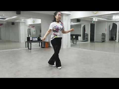 Lisa From Ibiza Line Dance (Beginner, 32c, 2w),