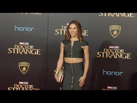"""Allison Holker """"Doctor Strange"""" World Premiere Red Carpet"""