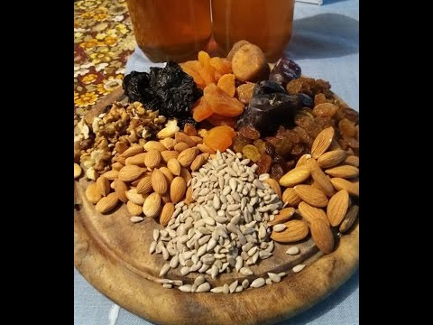 Honey Mixed with Dry Fruits