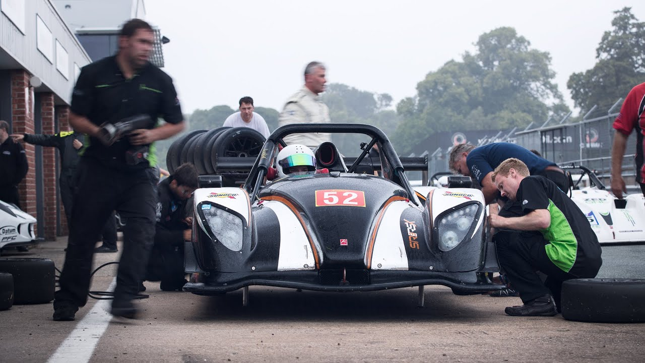 Slippery When Wet: Radical SR1 Cup at Oulton Park
