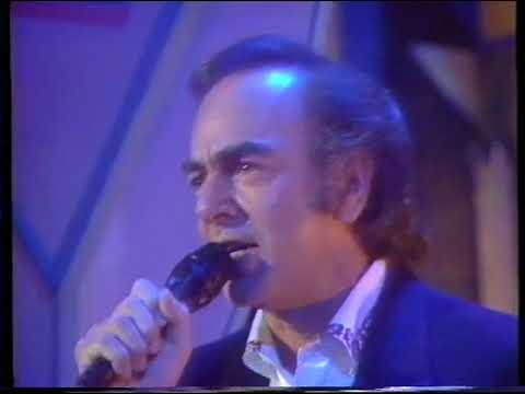 1989 Neil Diamond on the Wogan Show
