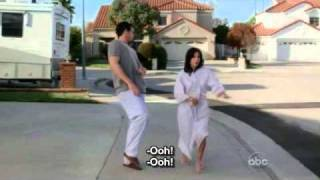 Funny moments Cougar town 1x01