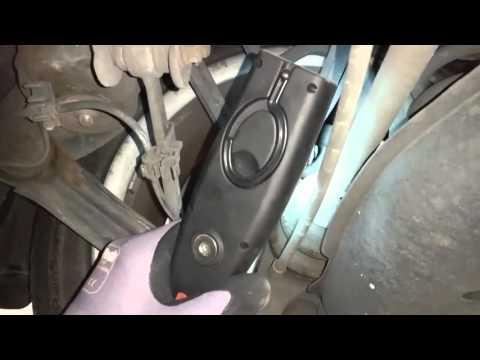 MERCEDES W210 сильные и слабые стороны. Часть 1 Осмотр на подъемнике.