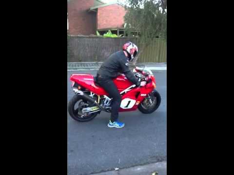 Ducati sp4 888