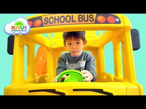 Xavi Assembling School Bus Slide - Kid Unboxing Toys