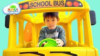 Assembling School Bus Slide - Kid Unboxing Toys, The wheels on the bus & Learn Colors with