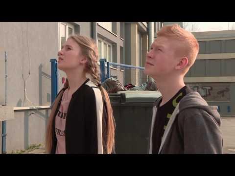 Nastolatek w niebezpieczny sposób chciał udowodnić swoją miłość [Szkoła odc. 436]