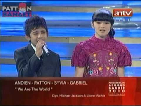 We Are The World - Patton, Sivia, Vidi Aldiano, Andin, Gabriel @ Bakrie Award 2010, 5 Agustus 2010