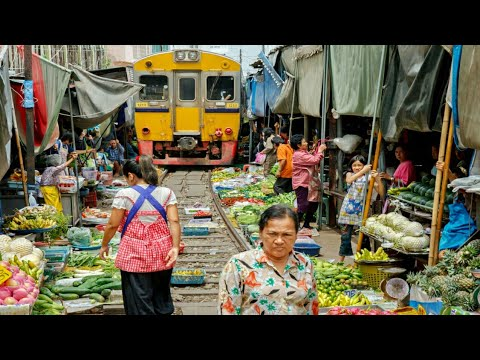 Maeklong Railway Market Bangkok, Thailand | What Happened When Train Is Coming? - Shockwave