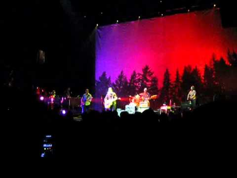 """the-decemberists-performing-""""june-hymn""""-at-the-beacon-theatre"""