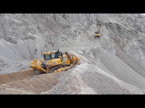 Bulldozer SHANTUI SD32