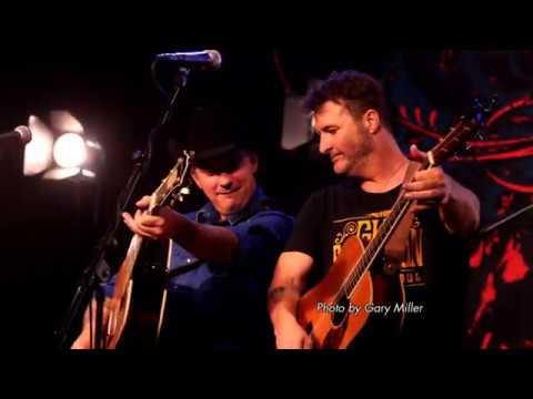 Deryl Dodd featuring Matt Hillyer