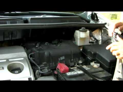 how to change air filter on a toyota sienna youtube. Black Bedroom Furniture Sets. Home Design Ideas