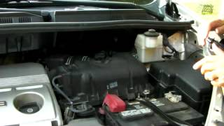how to change air filter on a toyota sienna