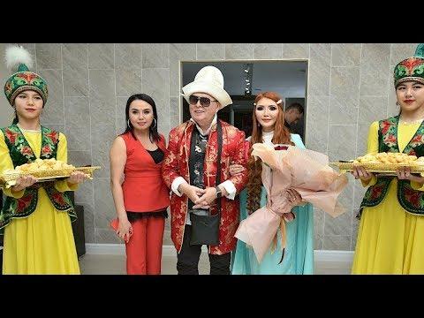 В Бишкек прибыл знаменитый кутюрье Вячеслав Зайцев