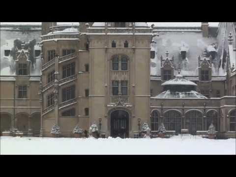 Magical Snow Day at Biltmore Estate