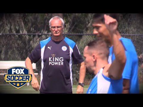 Claudio Ranieri agrees new deal with Leicester City