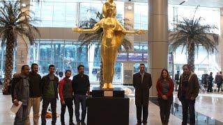 أخبار اليوم | الآثار تهدي لـ الطيران المدني تمثال