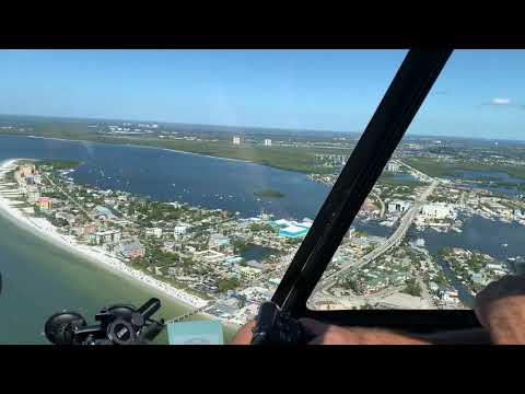 Hubschrauber zwischen Fort Myers Beach und Sanibel Island