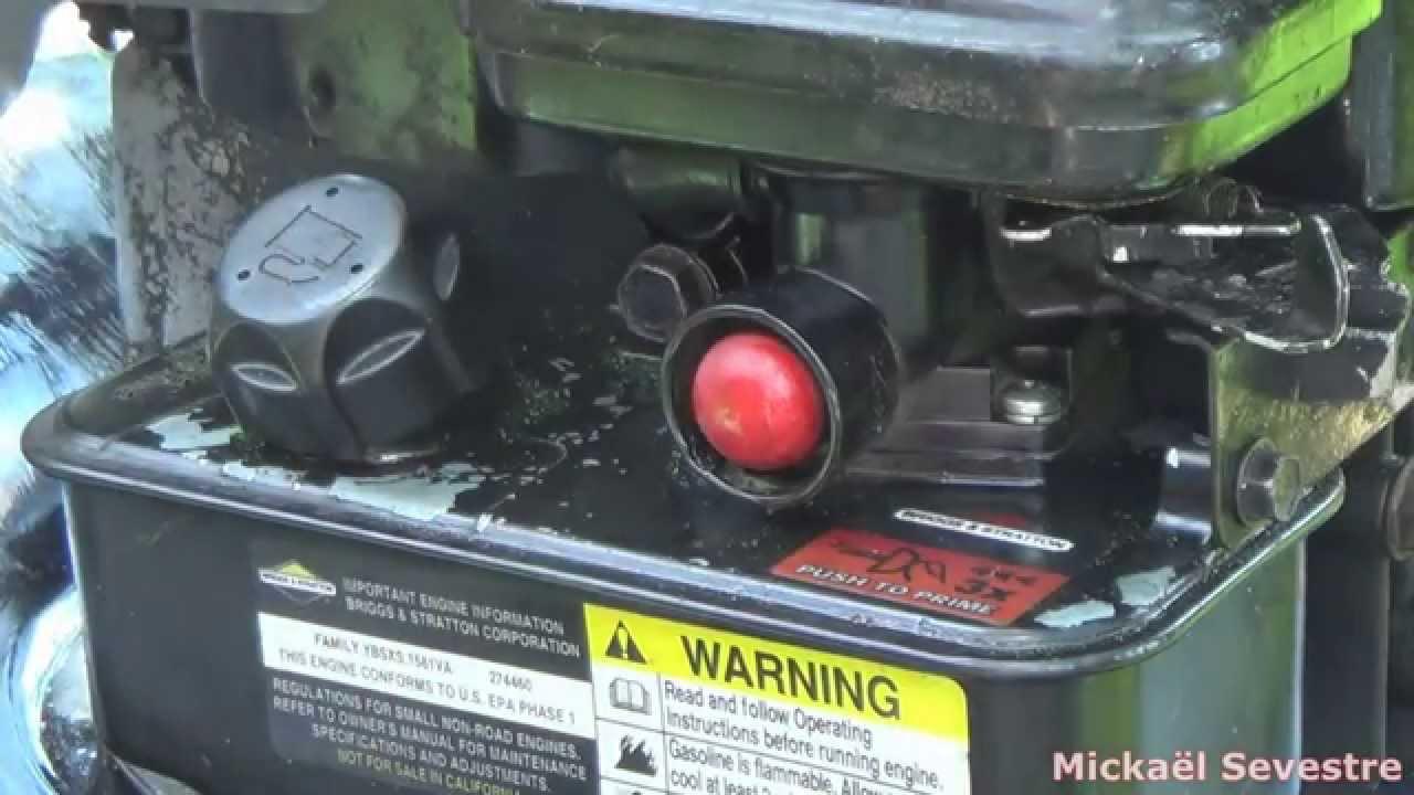 Remplacer sa poire d amor age sur carburateur pulsa prime briggs stratton youtube - Nettoyage carburateur tondeuse ...