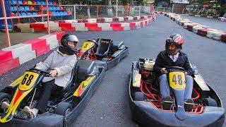 Крутой челлендж между Мамой и Папой на гоночных болидах
