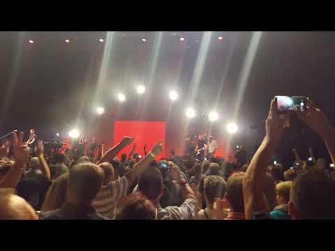 DJ Ötzi Die Hintermoser Kathi(A Dirndl Wie A Zelt)Berlin 13.10.18