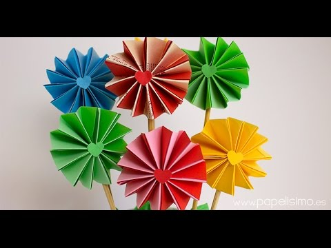 Como Hacer Flores De Papel De Acordeon De Dos Colores Youtube