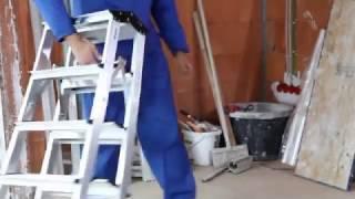 видео Двусторонняя стремянка Dopplo со ступенями