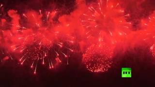 ألعاب نارية في سماء موسكو بمناسبة عيد النصر