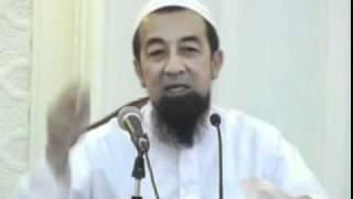 Ustaz Azhar Idrus - Bacaan Sayyidina Dalam Tahiyat Akhir