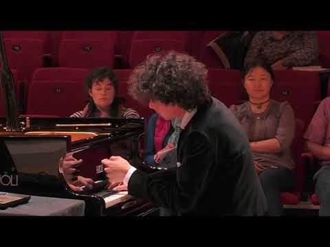 Can Cakmur performs Liszt Tre Sonetti del Petrarca SIPC 2017 Semifinals