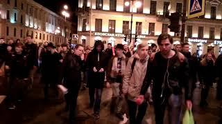Молодые идут на митинг, МЫ ЗДЕСЬ ВЛАСТЬ!