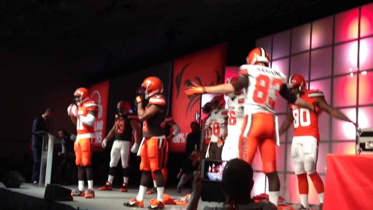 Cleveland Browns uniform reveal - YouTube 688b2f2b6