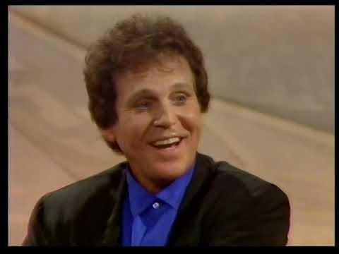 "Bobby Vinton - ""Blue Velvet"" And ""Roses Are Red"" On Wogan (07-11-1990)"