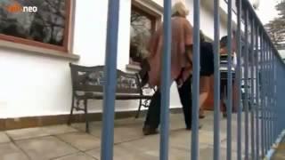 Repeat youtube video Geiler Sex - Gruppensex für jedermann - Teil 2
