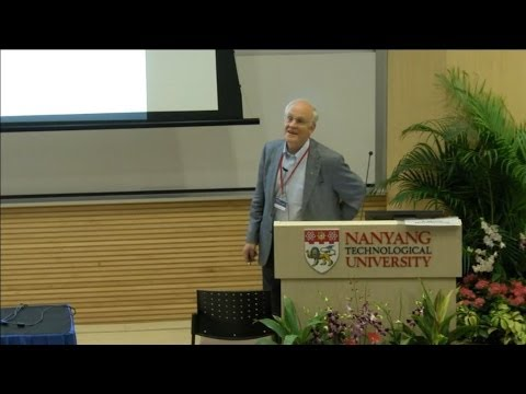 David Gross: Quantum Field Theory - Past Present Future