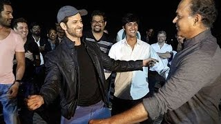 Hrithik Roshan's Surprise For Ashutosh Gowariker