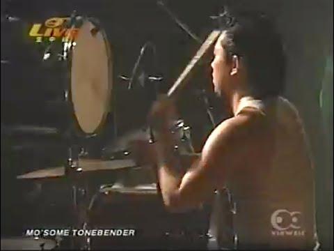 2002年12月20日 <Setlist> 1.凡人のロックンロール 2.DAWN ROCK 3.ウッ!! 4.カム 5.ジョニー・ボーイの話 6.カリフォルニアガール 7.革命のうた 8.DRUM...